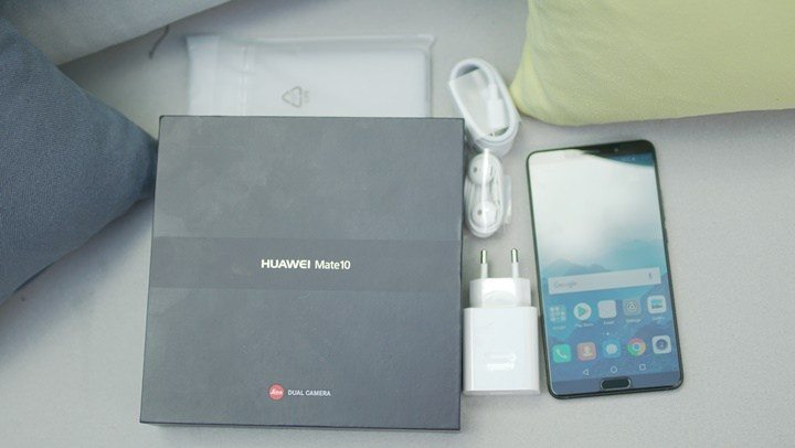 محتويات صندوق هاتف Huawei Mate 10